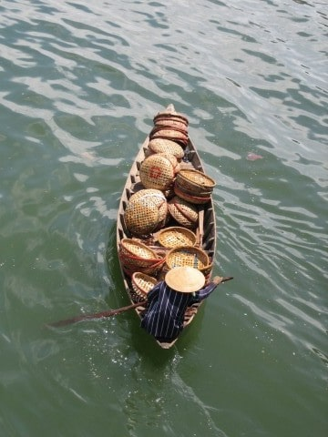 Load up your good news and float on in to the Brag Basket. Photo from Vietnam, (CC) by ninjawil on Flickr.
