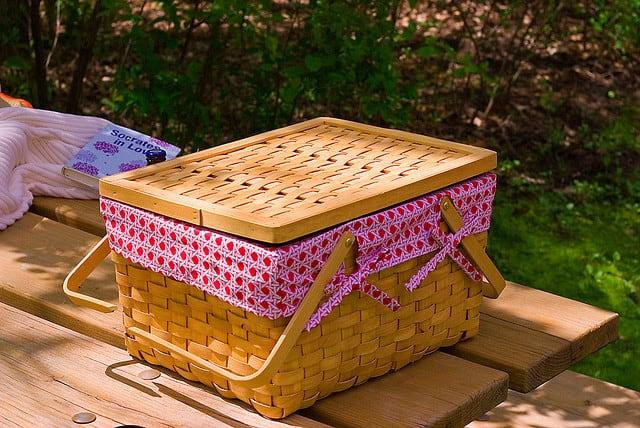Basket picnic broken handle by uberculture Jeremy Noble on Flickr