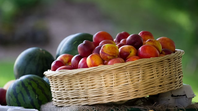 Fruit basket. Photo cc by Carmen Eisbar