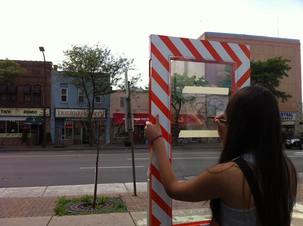 The Mobile Tracing Unit by Witt Siasoco invites people to draw outlines of local buildings and at the same time think about the buildings all around them.